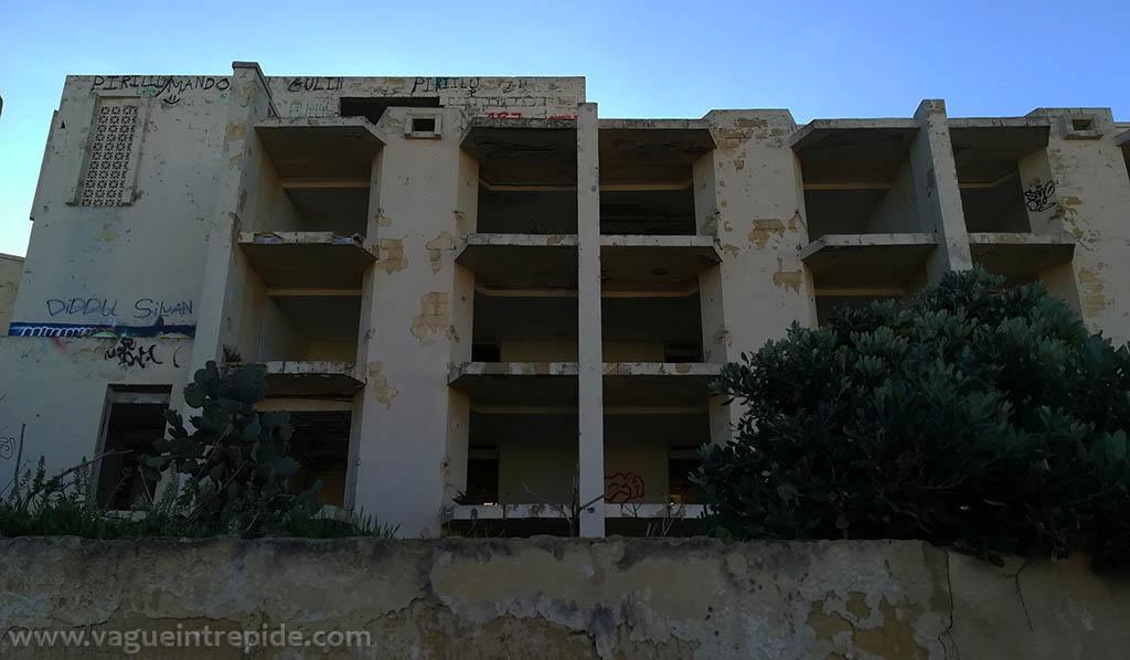 Jerma Palace Hotel, vu depuis la rue