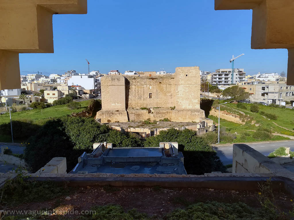 St Thomas tower vue depuis le Jerma Palace Hotel