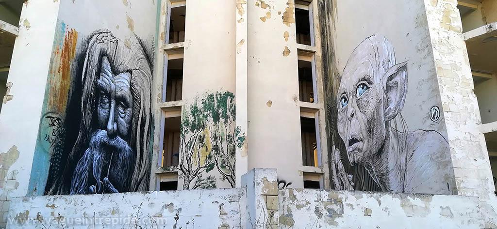 Gandalf et Gollum taggé sur le Jerma Palace Hotel à Malte